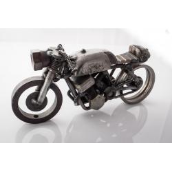Metalowy motocykl 2